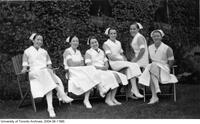 Group of Nursing students from the class of 1936 in Queen's Park garden