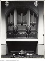Convocation Hall - showing organ pipes