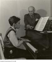 A young Glenn Gould at the piano with Alberto Guerrero