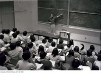 Class in Sidney Smith lecture hall, July 1978