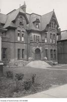 118 St. George - Zeta Psi Fraternity House