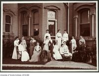 Household Science Class in front of Euclid Hall